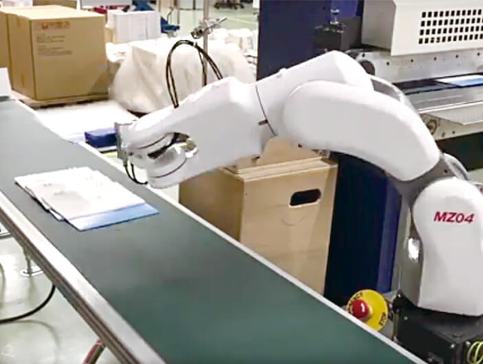 ロボットで社員の負担を軽減