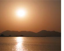 西の湖の夕日